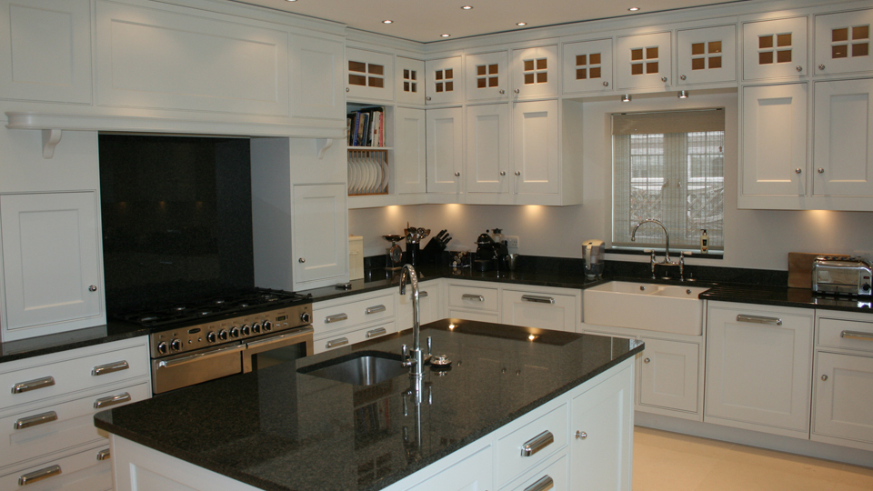 Fitted kitchens in johannesburg south africa for Small fitted kitchen ideas